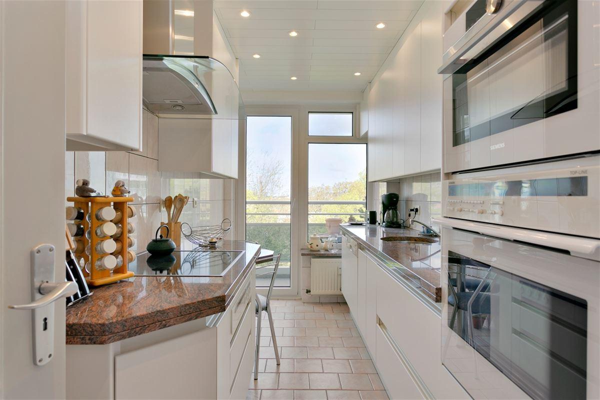 Foto 2 : Appartement te 2600 BERCHEM (België) - Prijs € 200.000