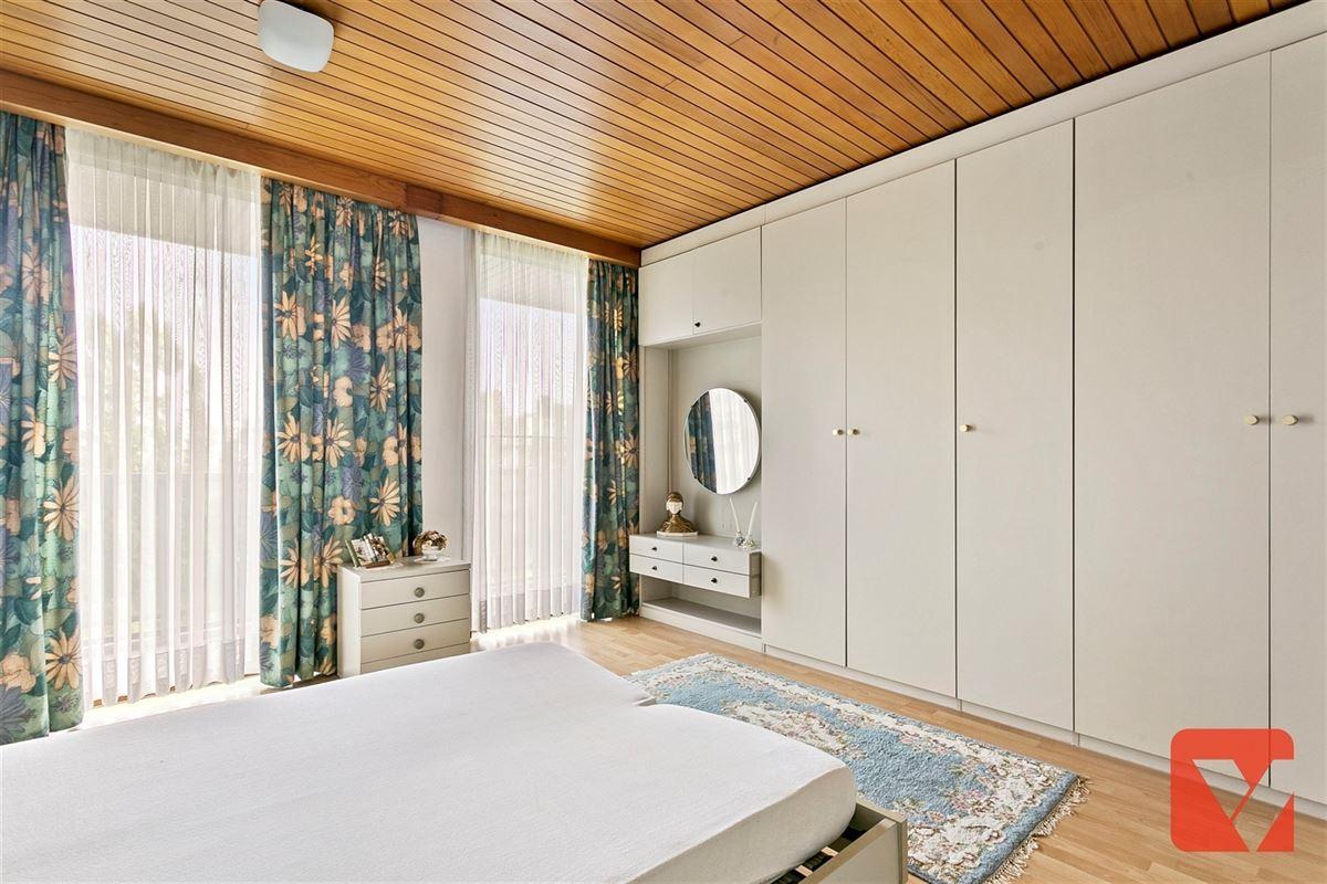 Foto 8 : Appartement te 2600 BERCHEM (België) - Prijs € 234.000
