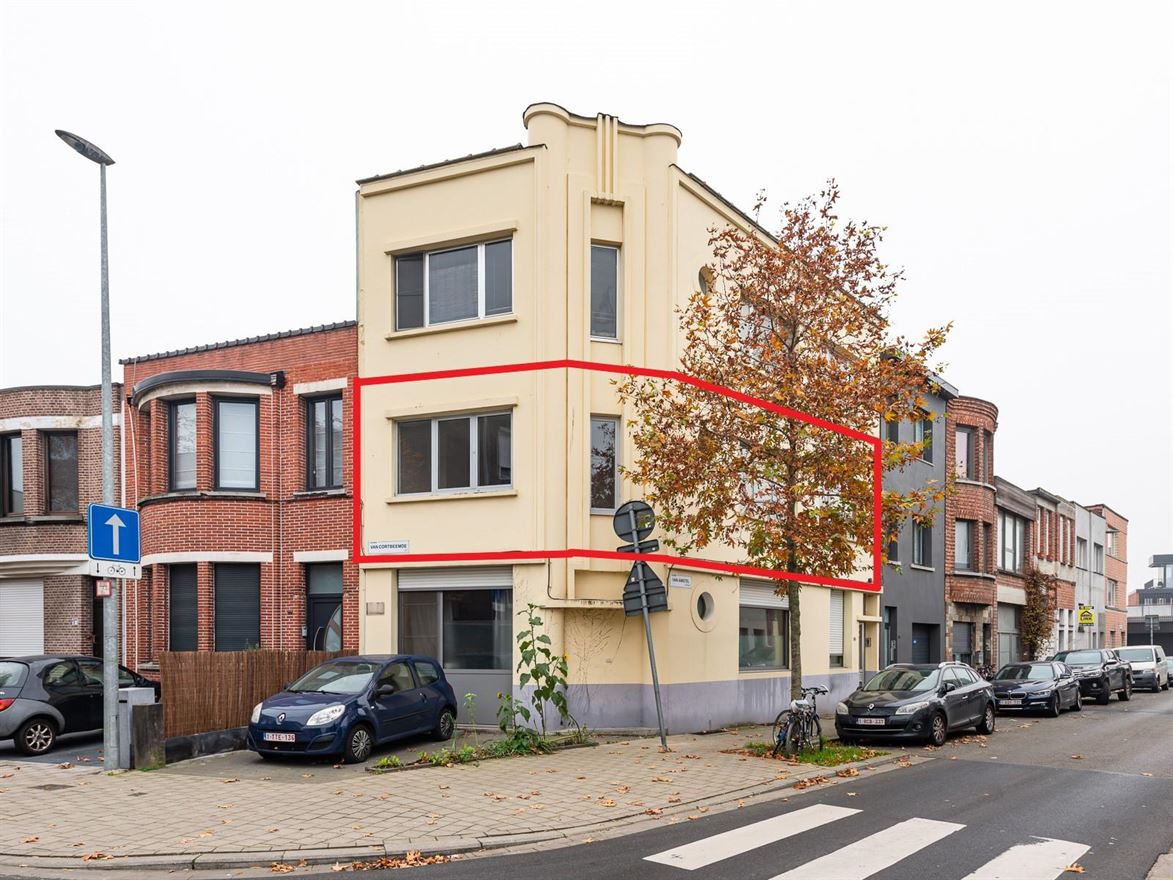 Van Amstelstraat 16