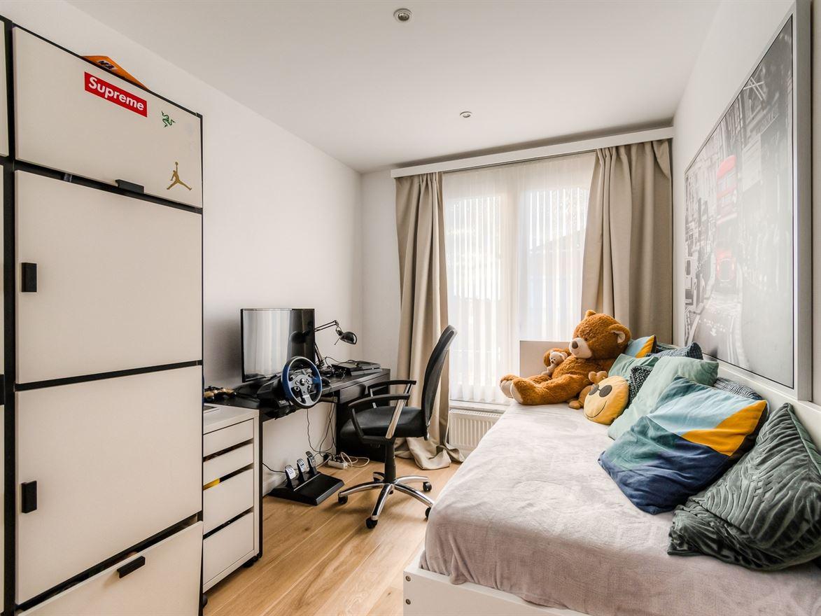 Van Amstelstraat 213