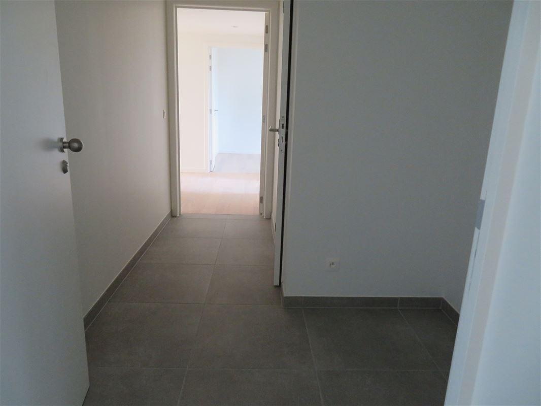 Image 7 : Apartment IN 2600 Berchem (Belgium) - Price 1.500 €