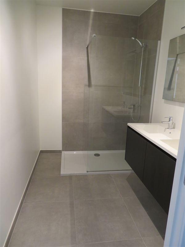 Image 17 : Apartment IN 2600 Berchem (Belgium) - Price 1.500 €