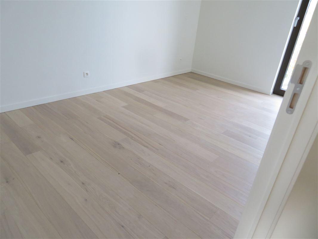 Image 11 : Apartment IN 2600 Berchem (Belgium) - Price 1.500 €