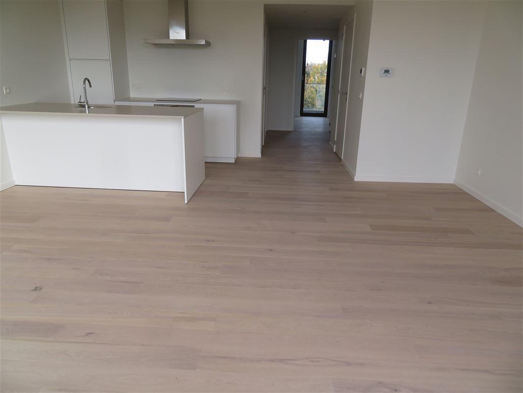 Image 3 : Apartment IN 2600 Berchem (Belgium) - Price 1.500 €