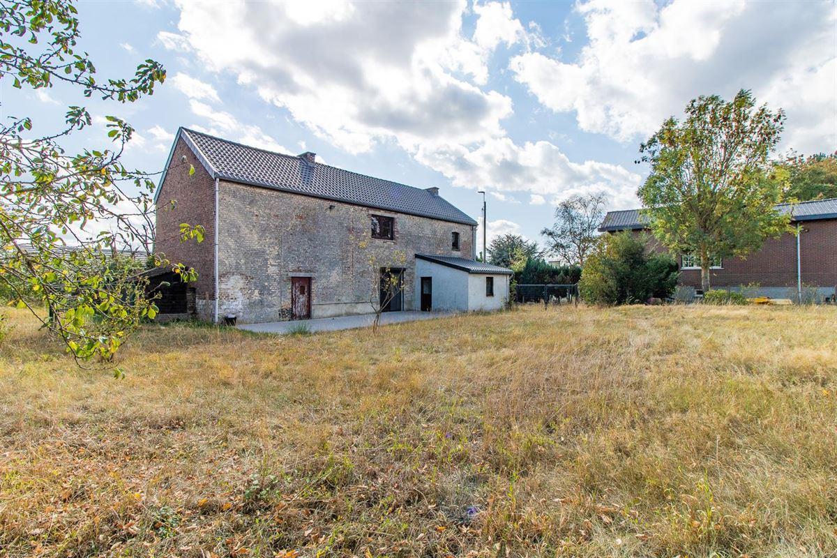 Maison 4 façades située à Villers-le-Bouillet