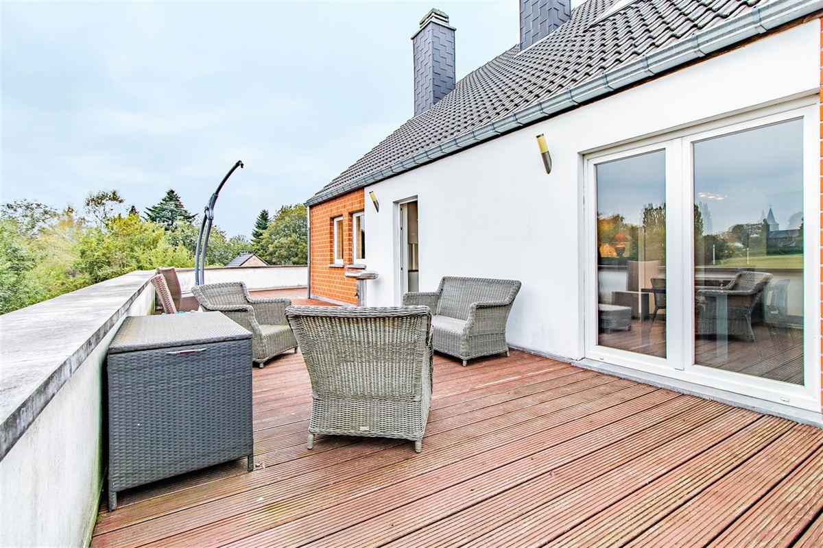 Splendide duplex moderne situé à Rotheux-Rimière
