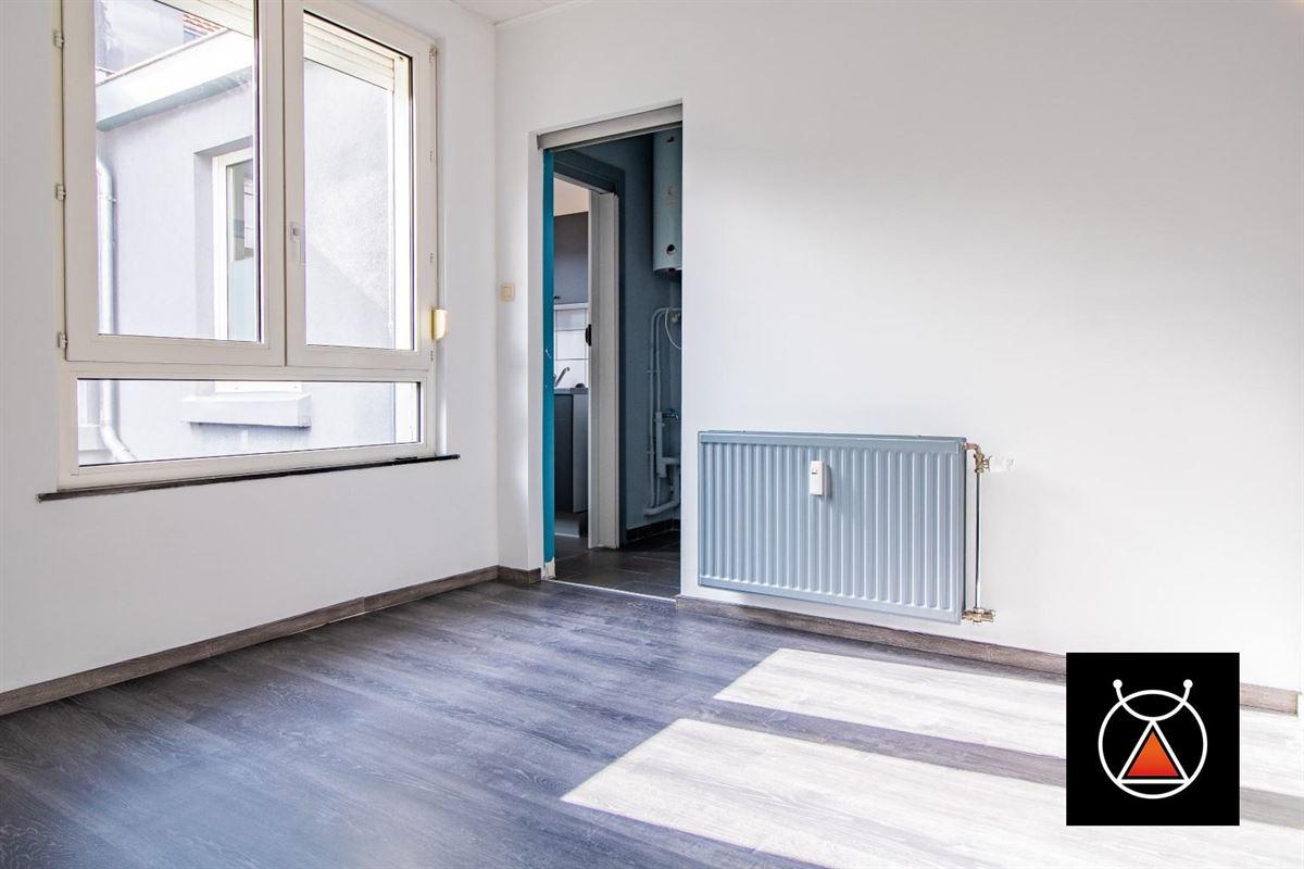*OPTION*Maison trois façades à Liège