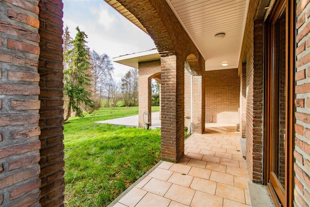 Superbe bungalow de style rustique situé à Juprelle