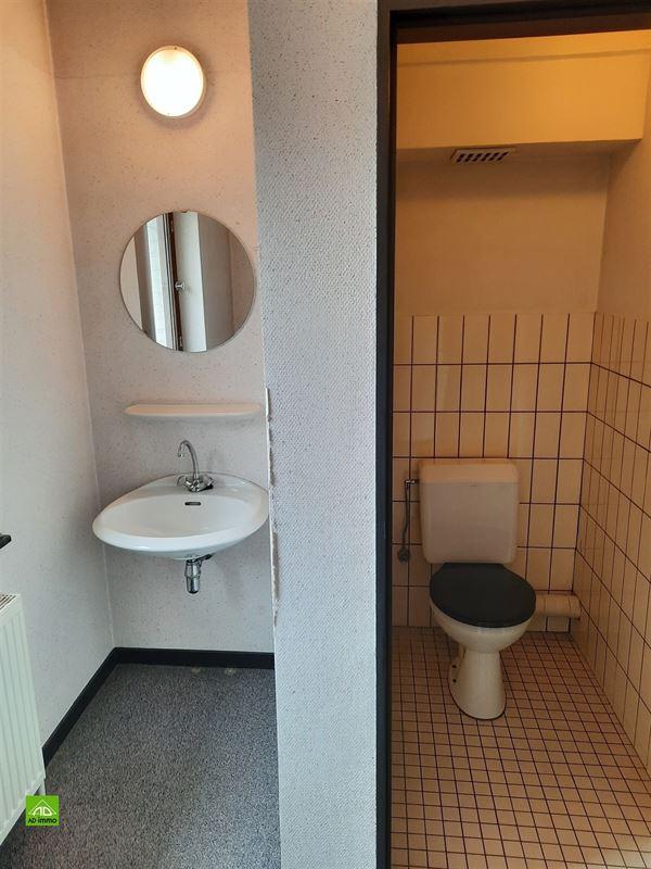 Image 19 : bien de commerce a. maison à 5020 MALONNE (Belgique) - Prix 340.000 €