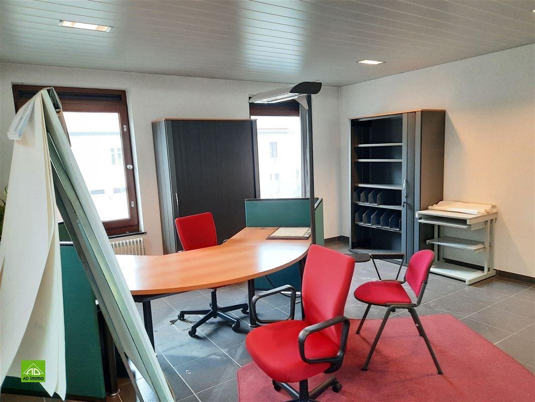 Image 11 : bien de commerce a. maison à 5020 MALONNE (Belgique) - Prix 340.000 €