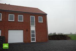 Maison à 5170 LESVE (Belgique) - Prix 925 €