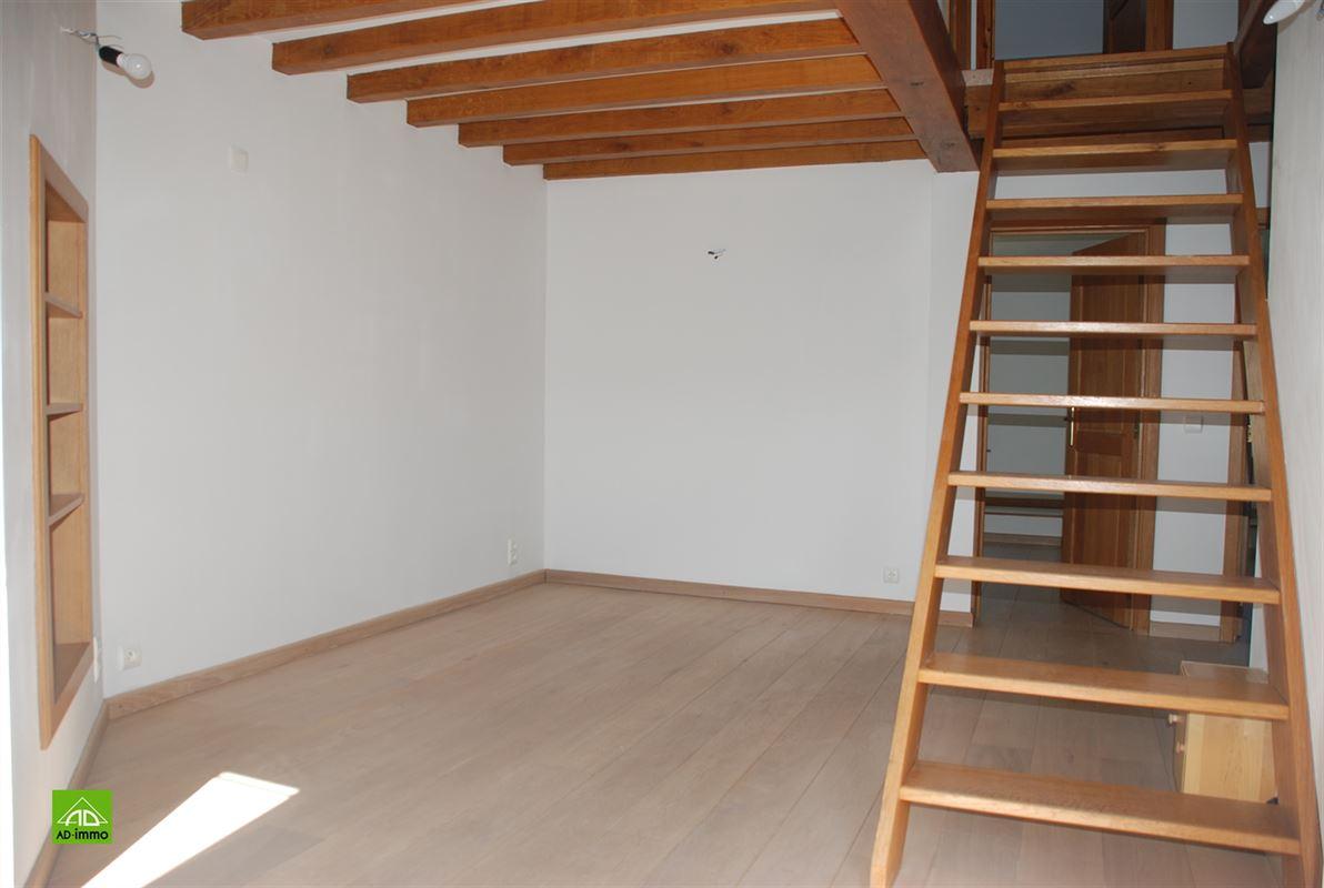Image 12 : Maison à 5334 FLORÉE (Belgique) - Prix 975 €