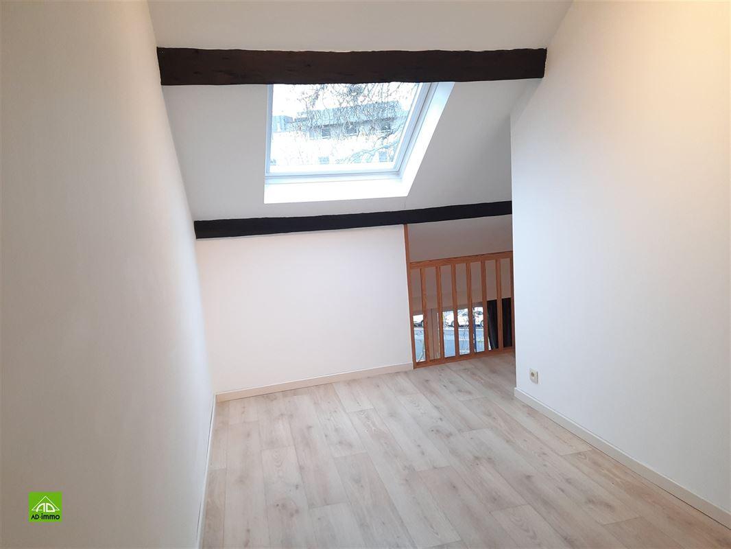 Image 6 : duplex à 5000 NAMUR (Belgique) - Prix 620 €