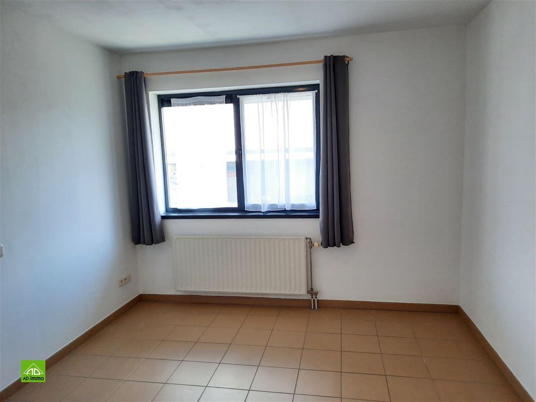 Image 6 : duplex à 5101 ERPENT (Belgique) - Prix 850 €