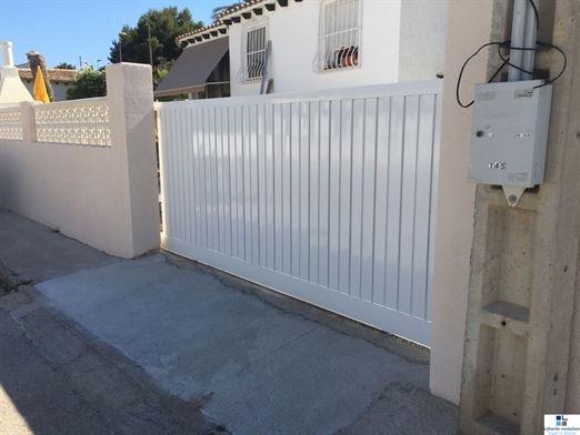 Foto 30 : bungalow te 03530 LA NUCIA  (Spanje) - Prijs € 285.000