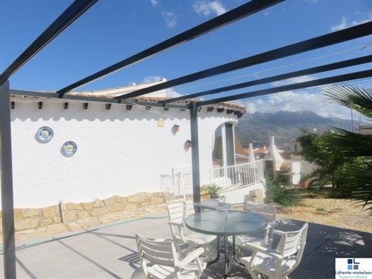 Foto 39 : bungalow te 03530 LA NUCIA  (Spanje) - Prijs € 285.000