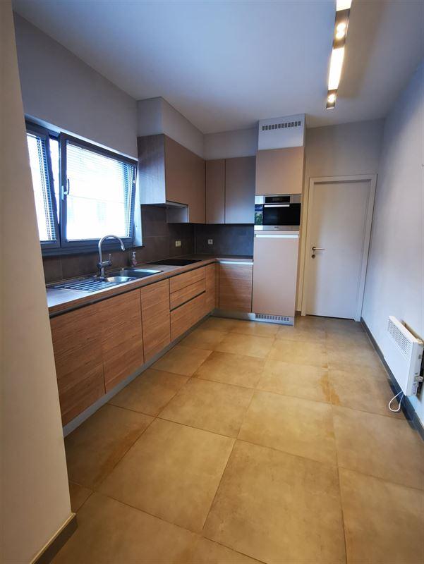 Foto 5 : Appartement te 1500 HALLE (België) - Prijs € 980