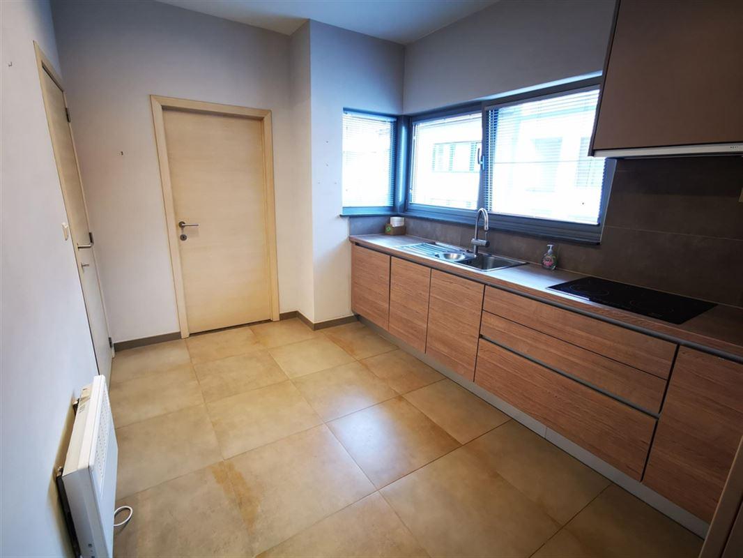 Foto 6 : Appartement te 1500 HALLE (België) - Prijs € 980