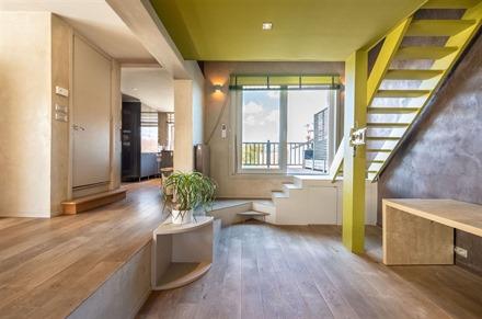 Vaste et magnifique appartement en duplex situé en centre-ville de Le Bizet!  L'appartement d'env. 143m² dispose d'une entrée donnant accès à un...