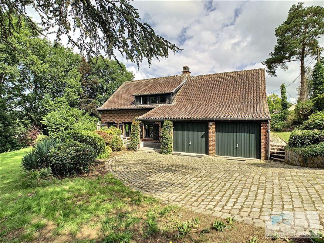 villa à 1325 CHAUMONT-GISTOUX (Belgique) - Prix