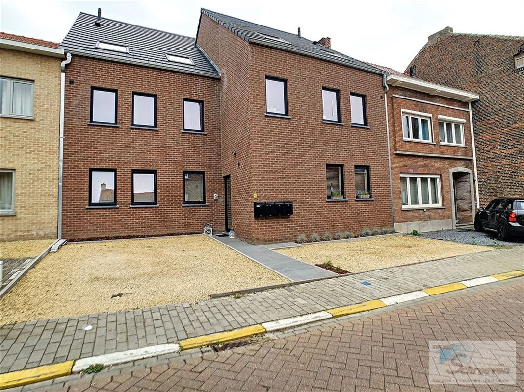 IN 3400 ATTENHOVEN (Belgium) - Price