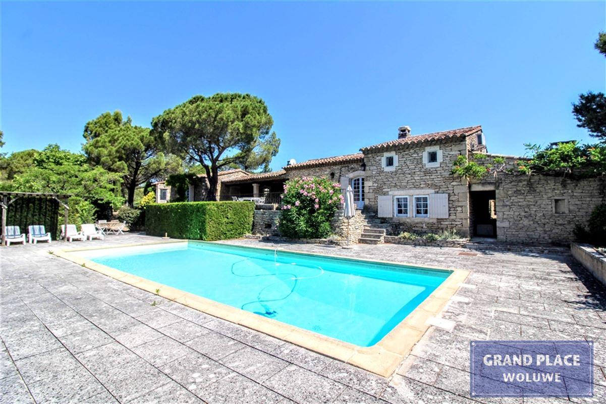 Projet immobilier :  à GORDES (84220) - Prix