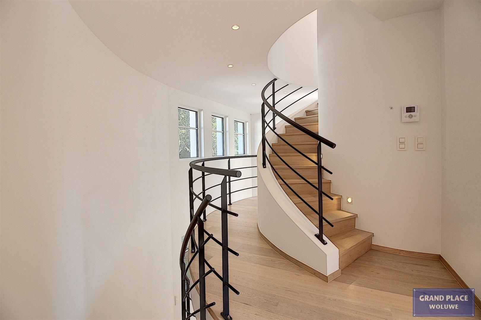 Image 24 : Villa contemporaine à 1150 WOLUWÉ-SAINT-PIERRE (Belgique) - Prix 1.875.000 €