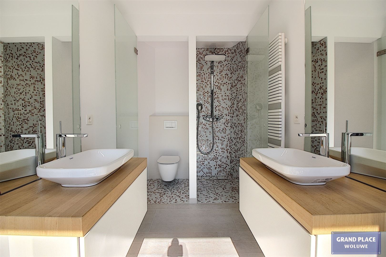 Image 20 : Villa contemporaine à 1150 WOLUWÉ-SAINT-PIERRE (Belgique) - Prix 1.875.000 €