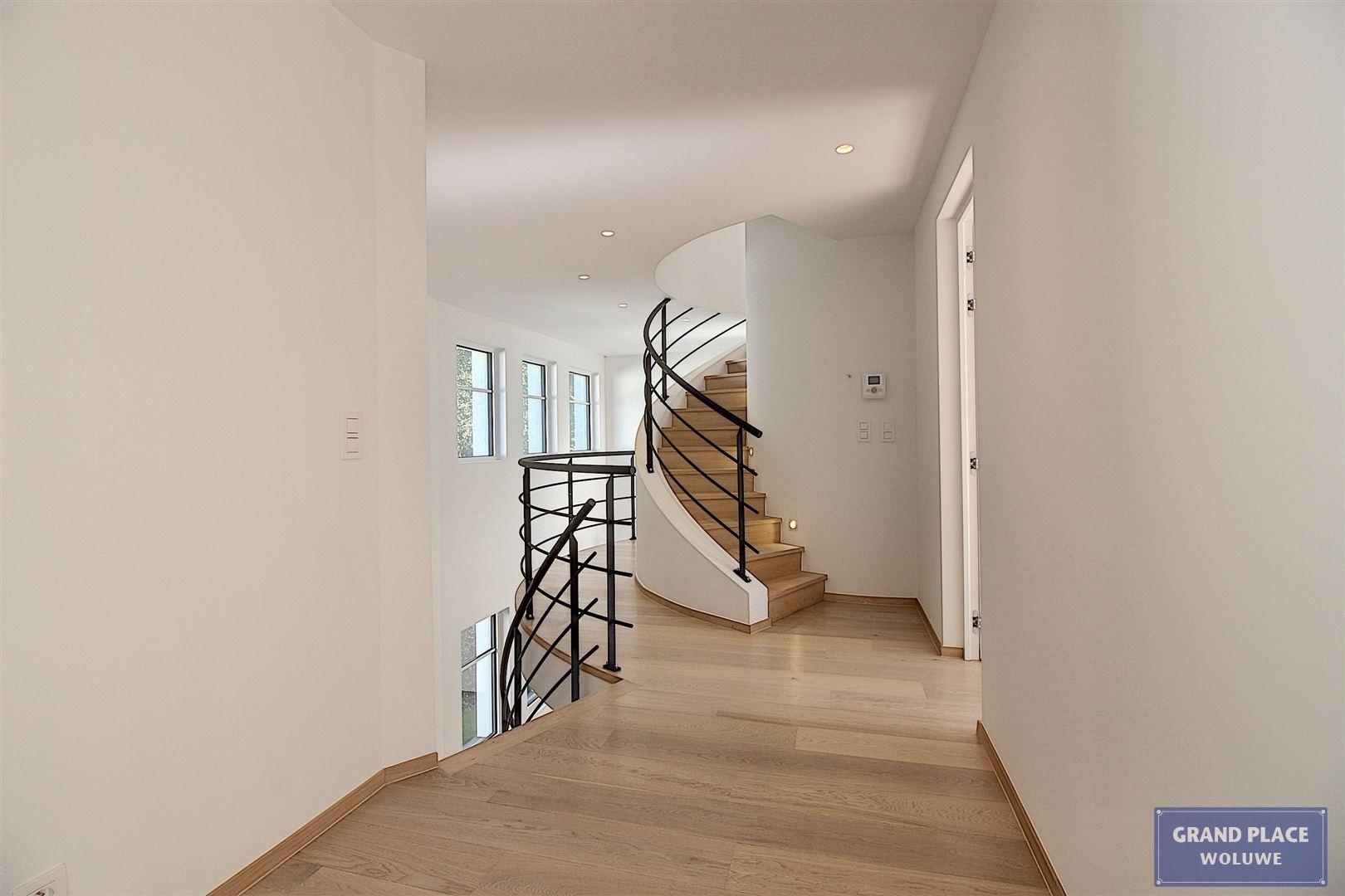 Image 13 : Villa contemporaine à 1150 WOLUWÉ-SAINT-PIERRE (Belgique) - Prix 1.875.000 €
