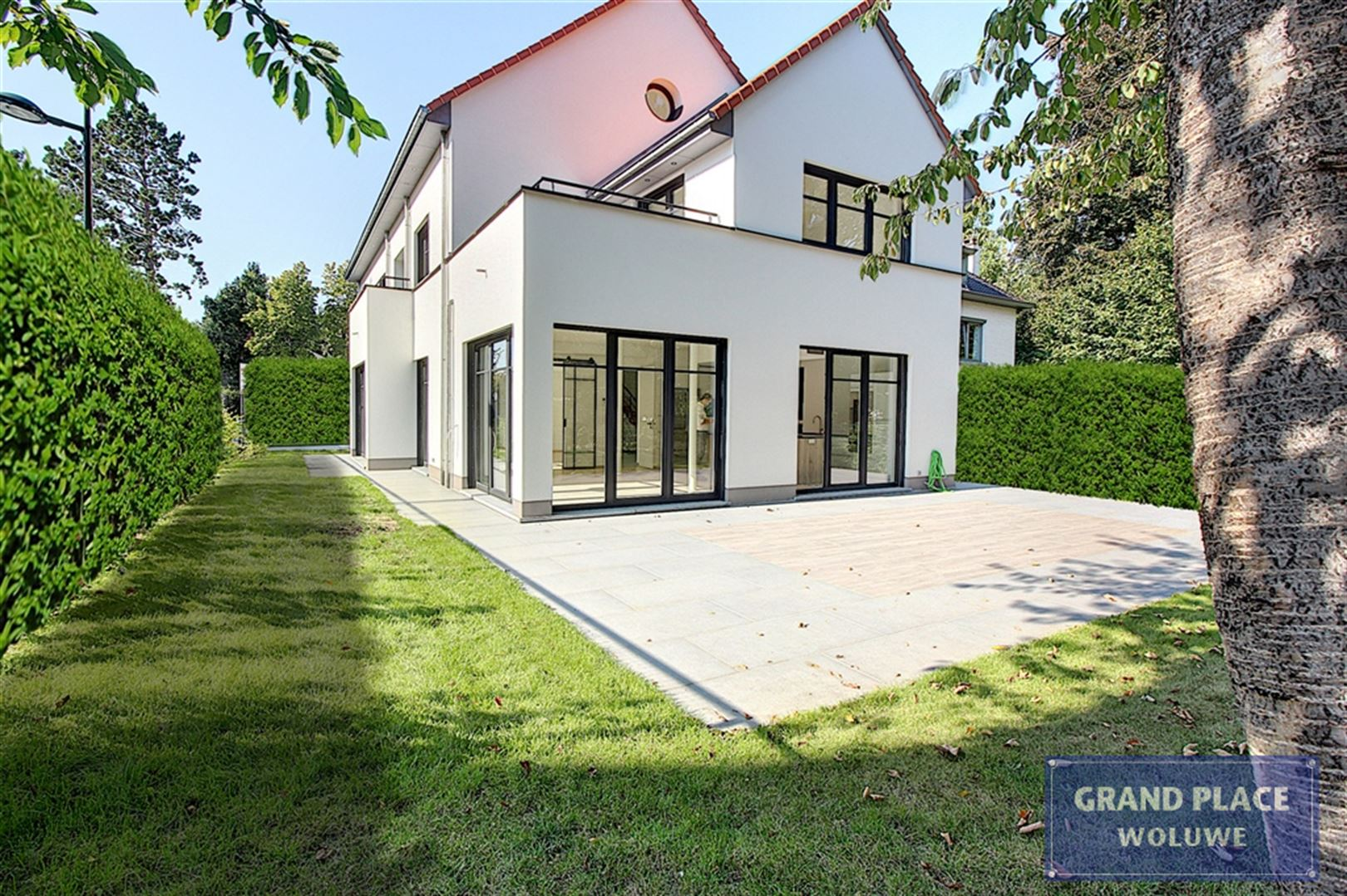 Image 1 : Villa contemporaine à 1150 WOLUWÉ-SAINT-PIERRE (Belgique) - Prix 1.875.000 €