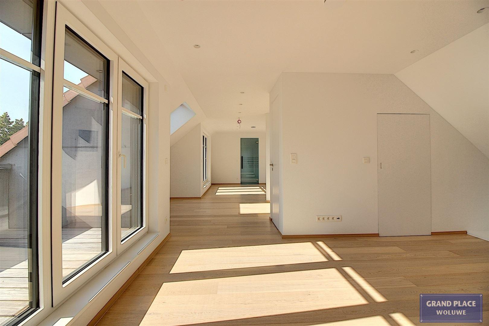 Image 27 : Villa contemporaine à 1150 WOLUWÉ-SAINT-PIERRE (Belgique) - Prix 1.875.000 €