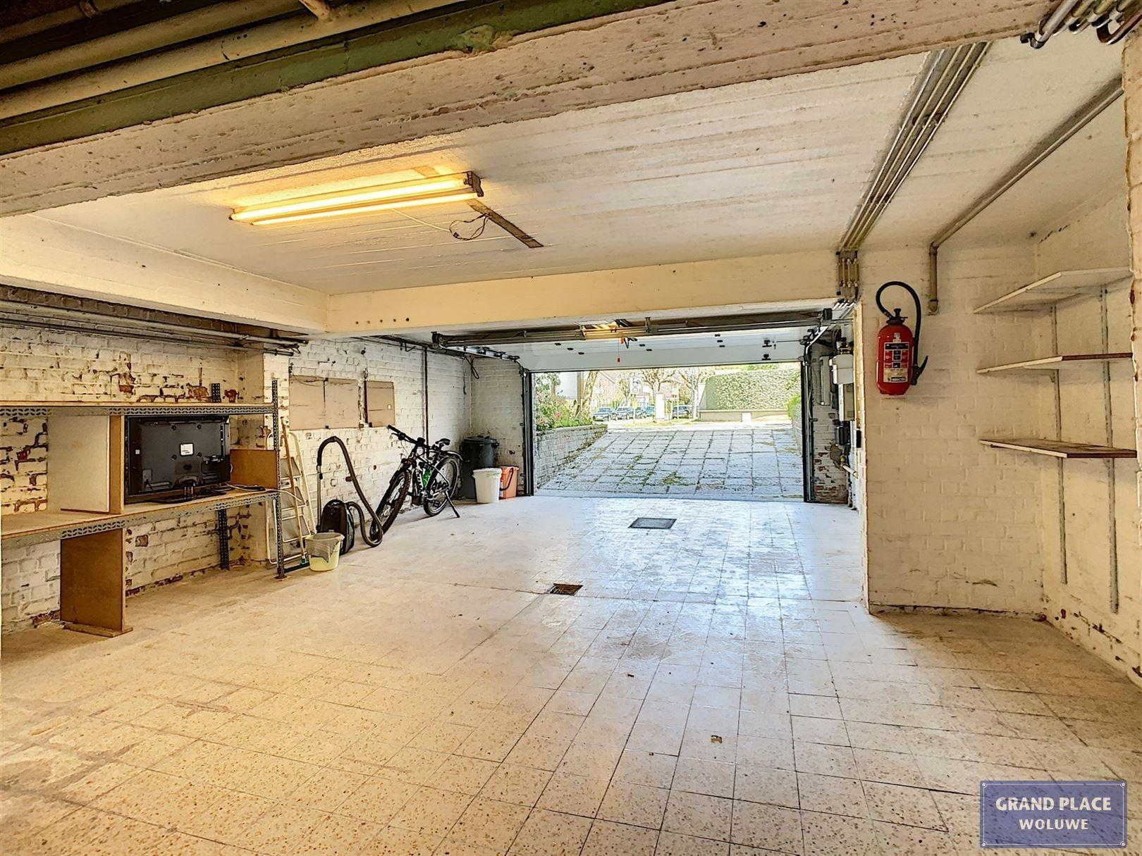 Image 22 : Maison 3 façades à 1150 WOLUWÉ-SAINT-PIERRE (Belgique) - Prix 1.125.000 €