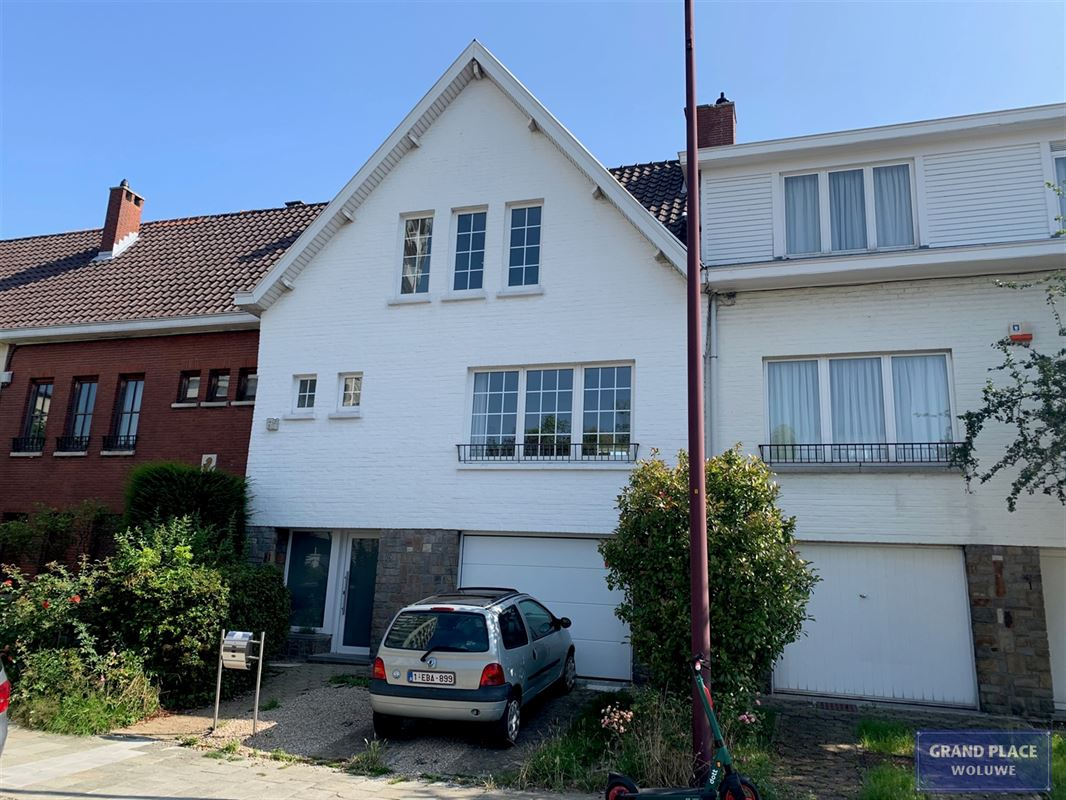 Projet immobilier :  à SCHAERBEEK (1030) - Prix