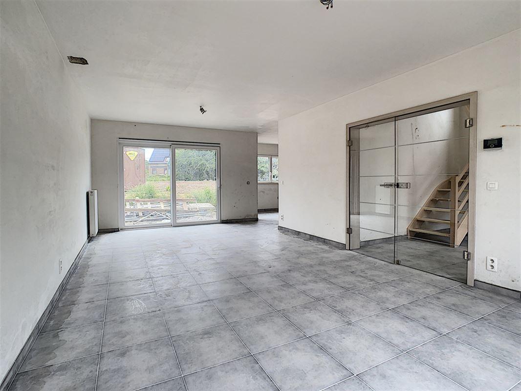 Image 4 : Maison à 6530 THUIN (Belgique) - Prix 295.000 €