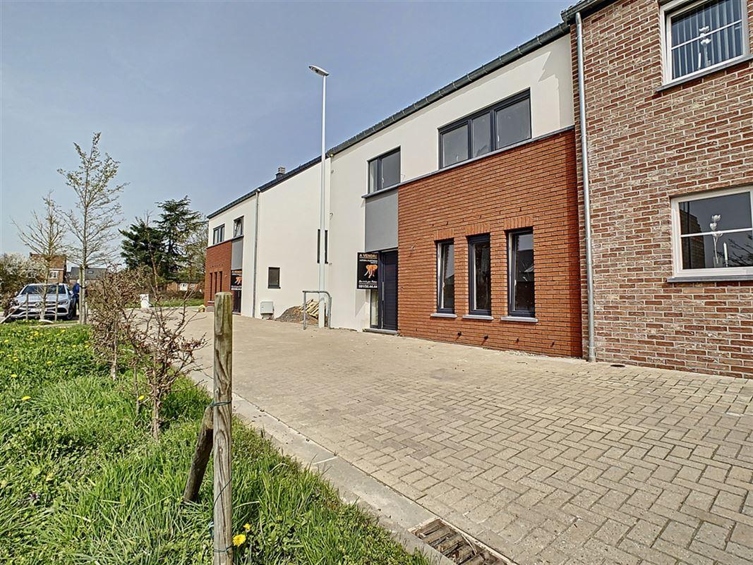 Image 4 : Maison à 6530 THUIN (Belgique) - Prix 285.000 €