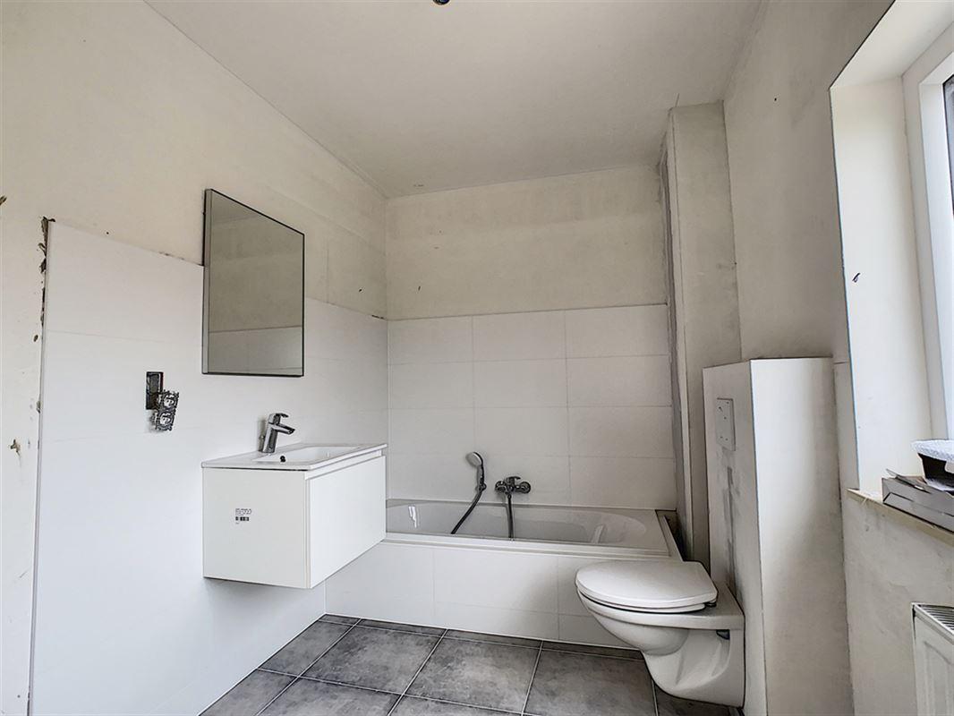 Image 6 : Maison à 6530 THUIN (Belgique) - Prix 295.000 €
