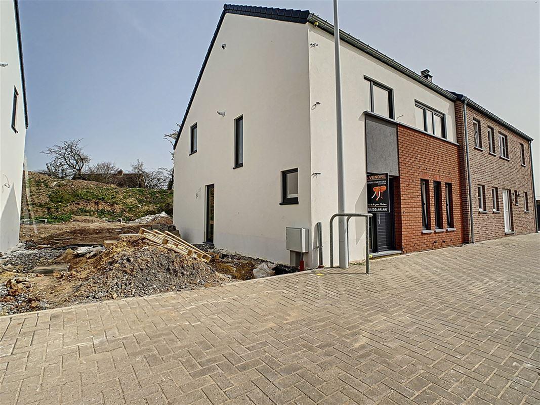 Image 5 : Maison à 6530 THUIN (Belgique) - Prix 285.000 €