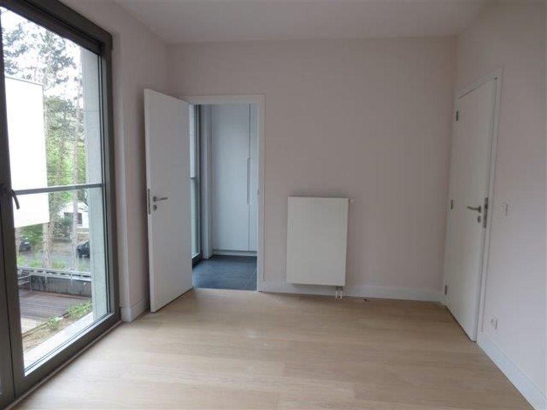 Image 10 : Appartement à 1180 UCCLE (Belgique) - Prix 4.700 €