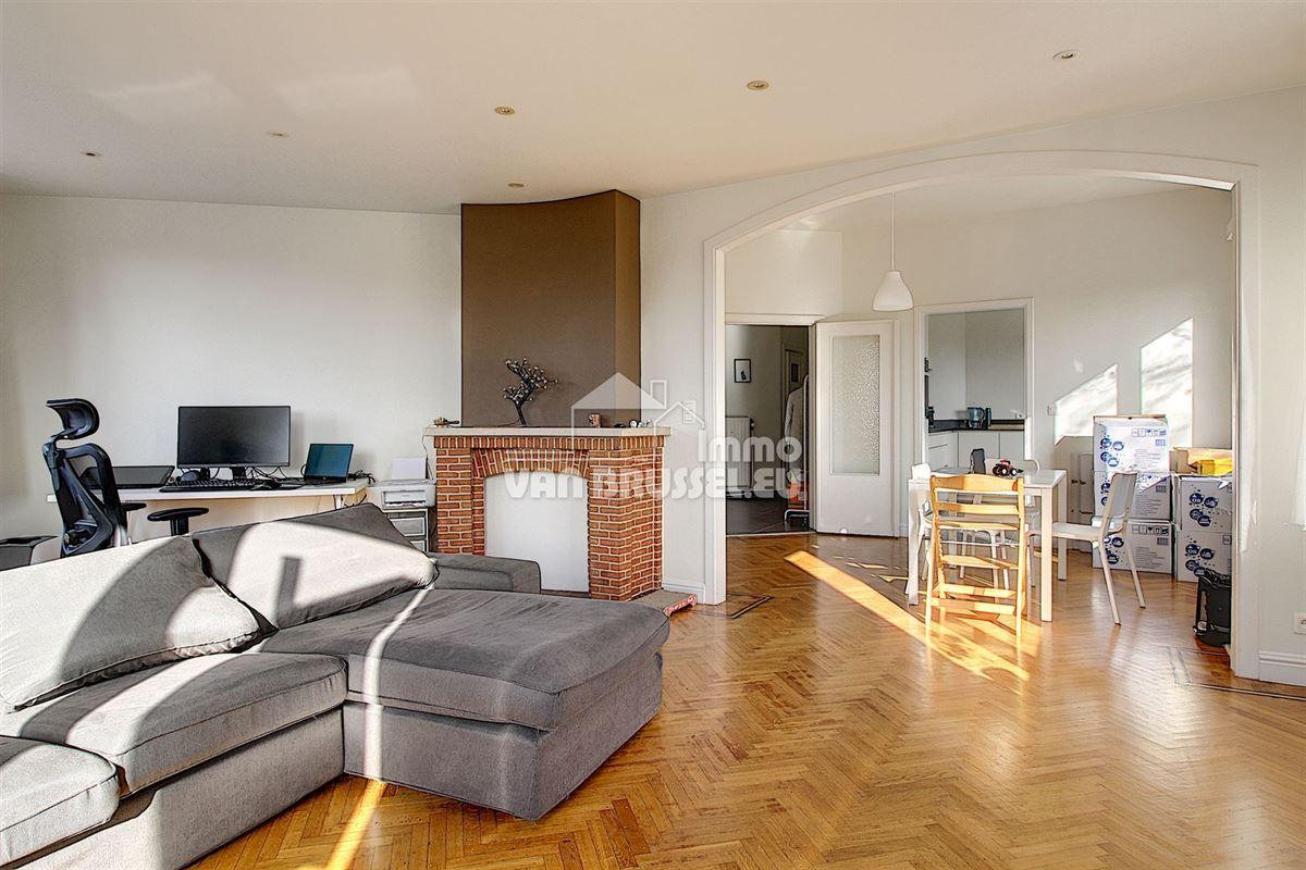 Image 1 : Appartement à 1200 WOLUWE-SAINT-LAMBERT (Belgique) - Prix 1.080 €