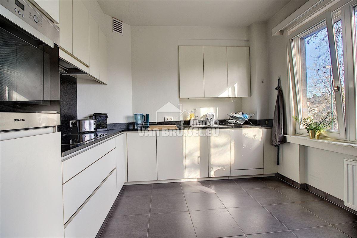 Image 3 : Appartement à 1200 WOLUWE-SAINT-LAMBERT (Belgique) - Prix 1.080 €