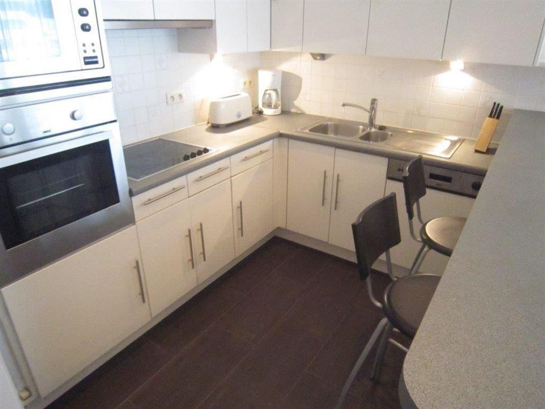 Image 4 : Appartement meublé à 1160 AUDERGHEM (Belgique) - Prix 1.250 €