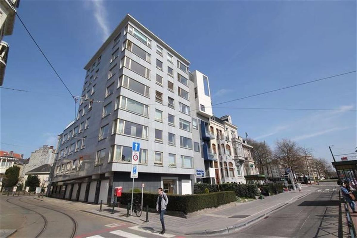 Image 1 : Appartement à 1150 WOLUWE-SAINT-PIERRE (Belgique) - Prix 1.420 €