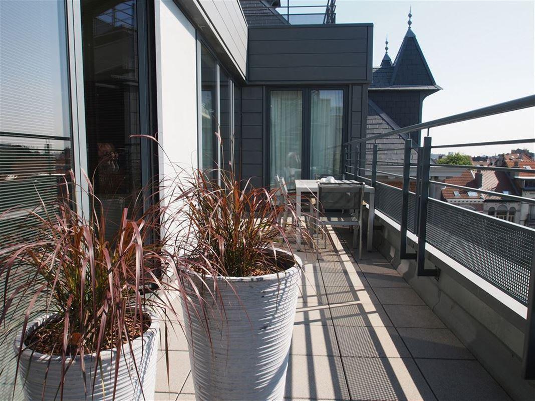 Image 3 : Appartement meublé à 1030 SCHAERBEEK (Belgique) - Prix 2.950 €