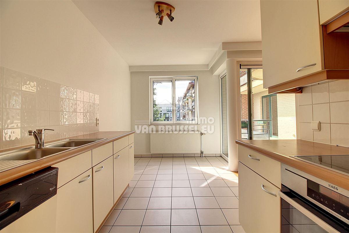 Image 3 : Appartement à 1150 BRUXELLES (Belgique) - Prix 1.400 €