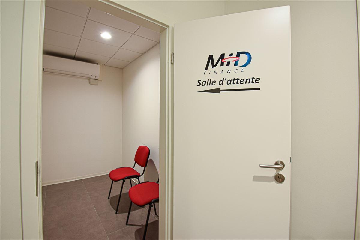 Image 11 : Bureaux à 4340 AWANS (Belgique) - Prix 1.400 €
