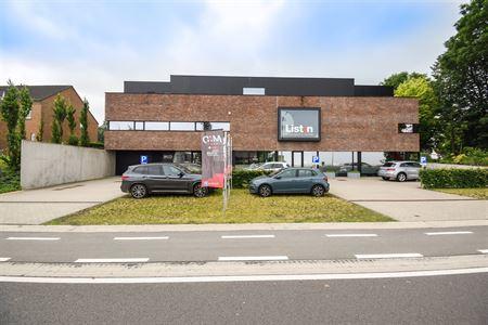 Bureaux à 4340 AWANS (Belgique) - Prix 1.400 €