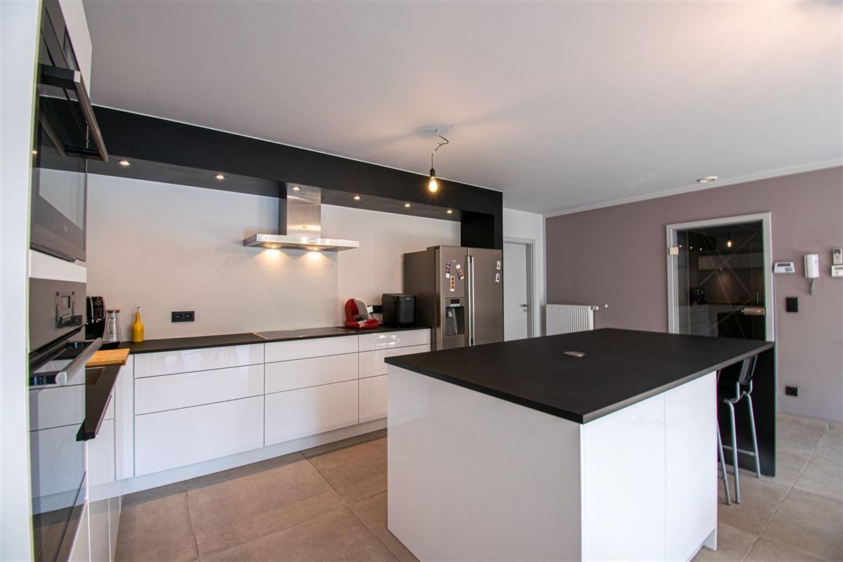 Image 11 : Appartement à 4101 JEMEPPE (Belgique) - Prix 215.000 €
