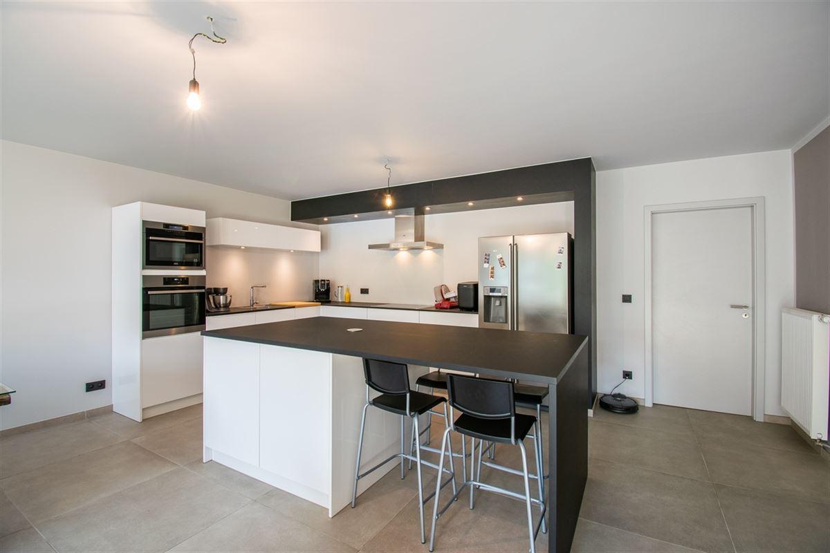 Image 3 : Appartement à 4101 JEMEPPE (Belgique) - Prix 215.000 €