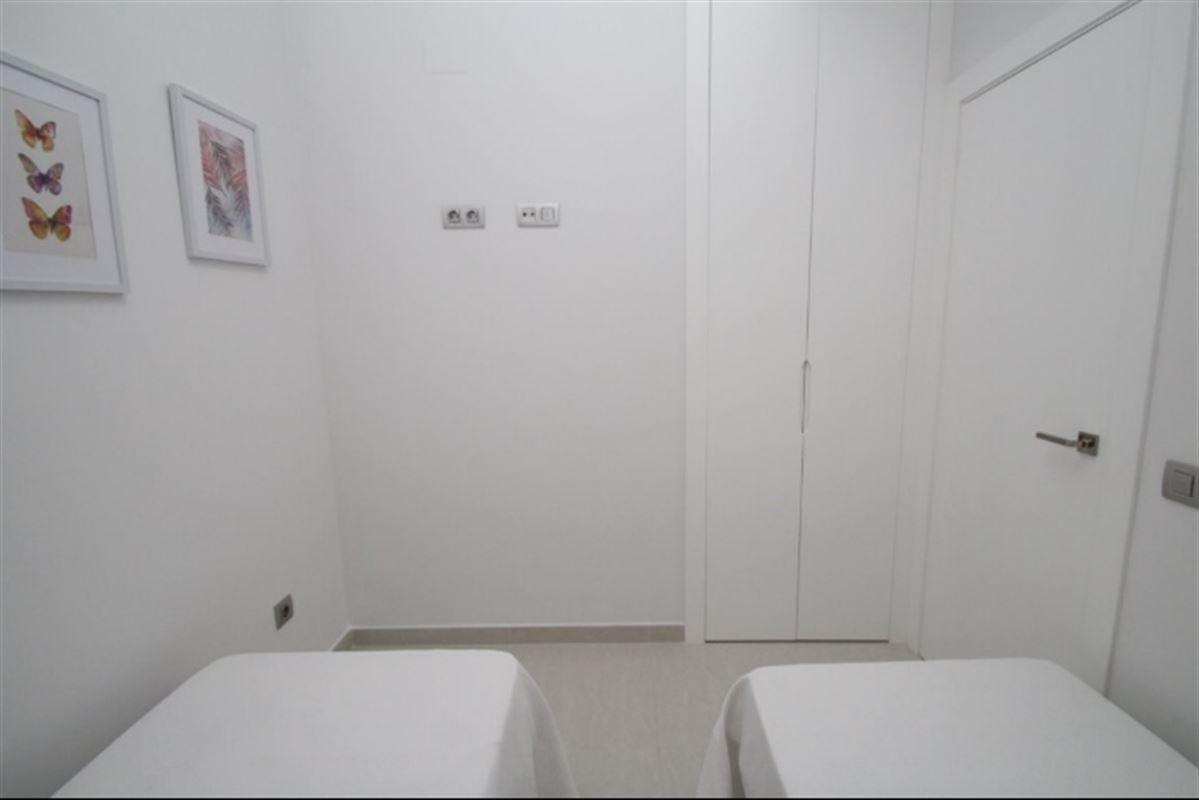 Image 13 : Appartement à  TORREVIEJA (Espagne) - Prix 109.900 €