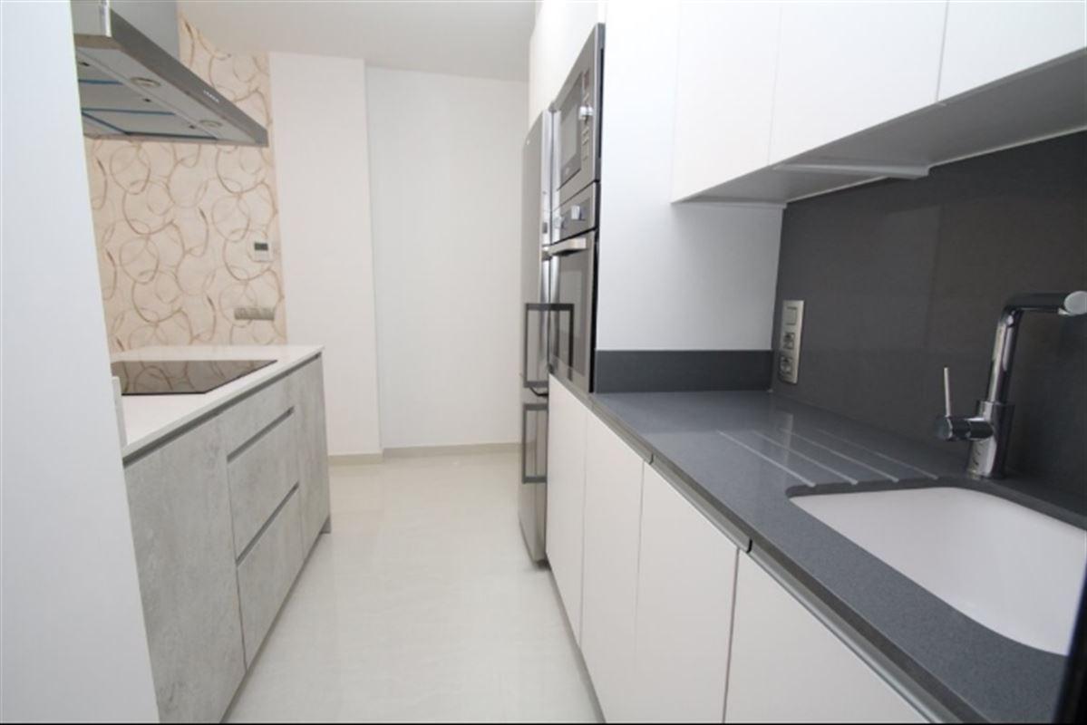 Image 8 : Appartement à  TORREVIEJA (Espagne) - Prix 109.900 €